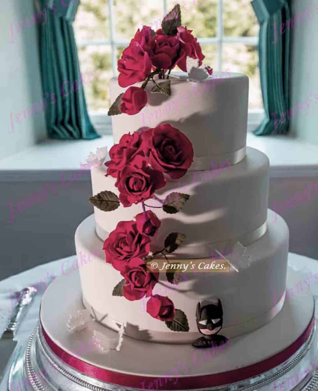 Batman wedding Cake with Red Roses